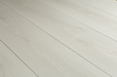 3305 Nike Oak